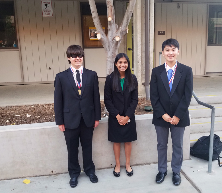 Freshman speakers find success at speech tournament